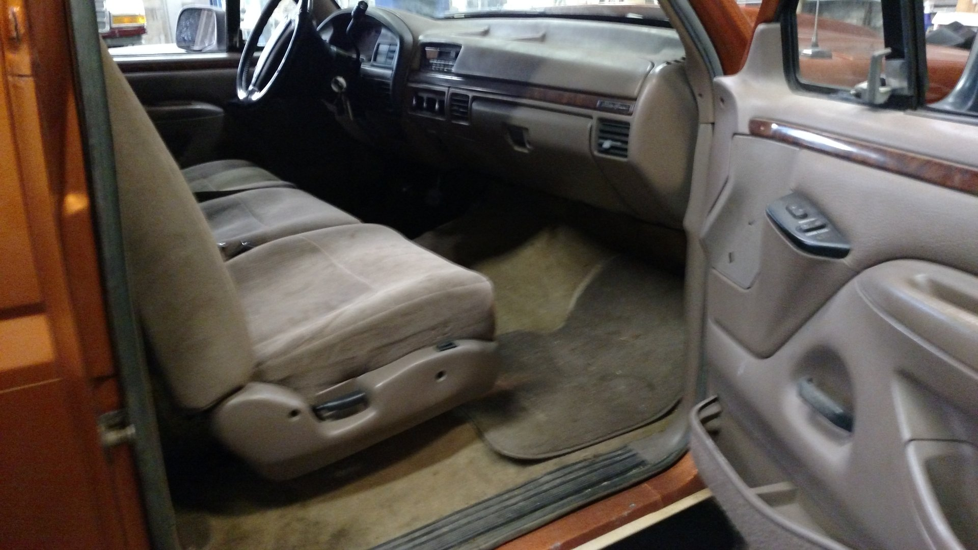 Fabulous Bench Seat Swap Full Size Ford Bronco Forum Caraccident5 Cool Chair Designs And Ideas Caraccident5Info
